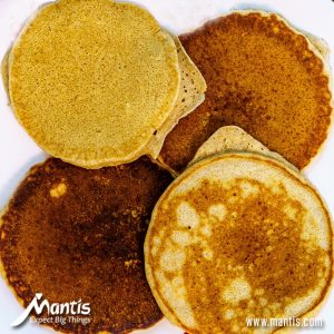 These pumpkin protein pancakes are SO filling!