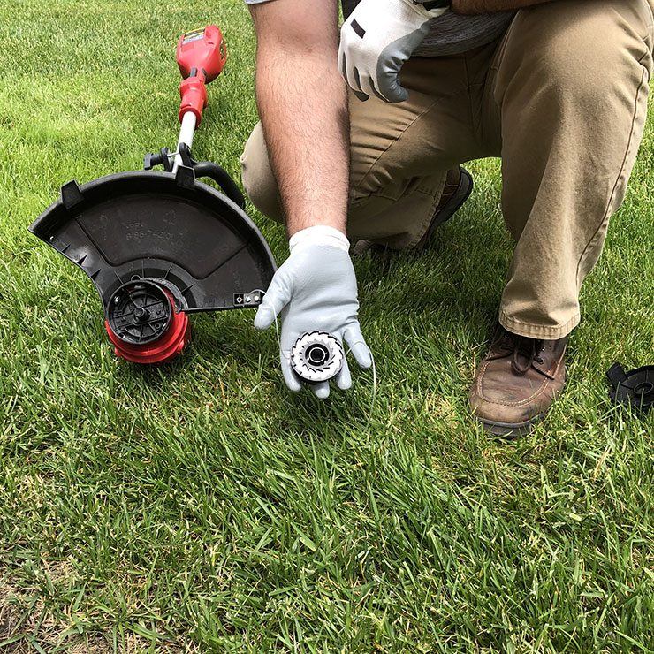 string trimmer extra line holding spool