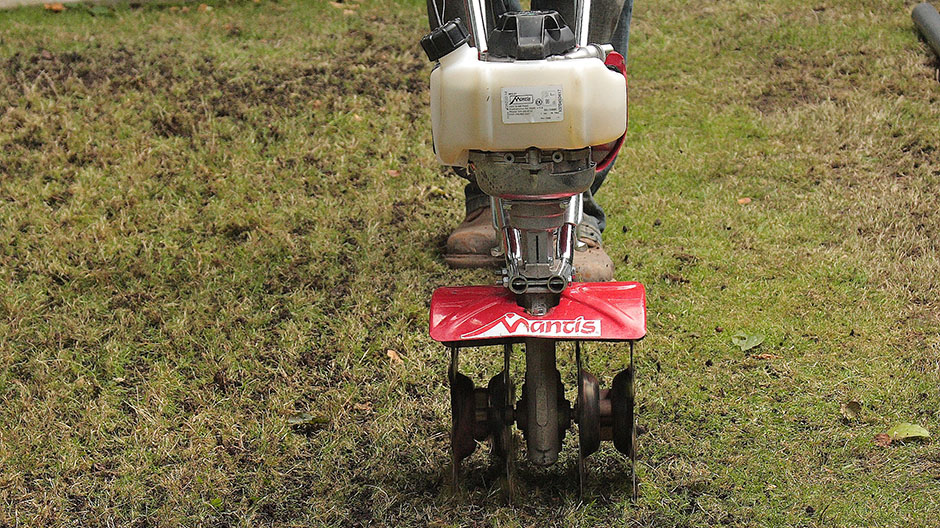 Mantis Tiller with Aerator Attachment